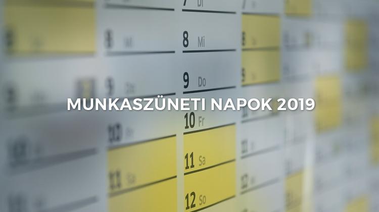 2019 as munkaidő naptár Munkaszüneti napok 2019 ben: naptár ünnepekkel és a hosszú  2019 as munkaidő naptár